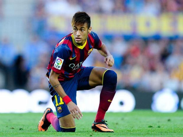Neymar volta a brilhar, Barcelona vence Villarreal e se isola na liderança