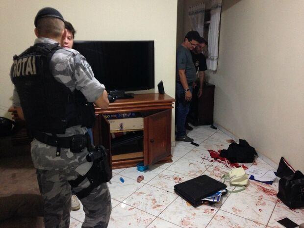 Homens fazem família refém e morrem após troca de tiros com Rotai