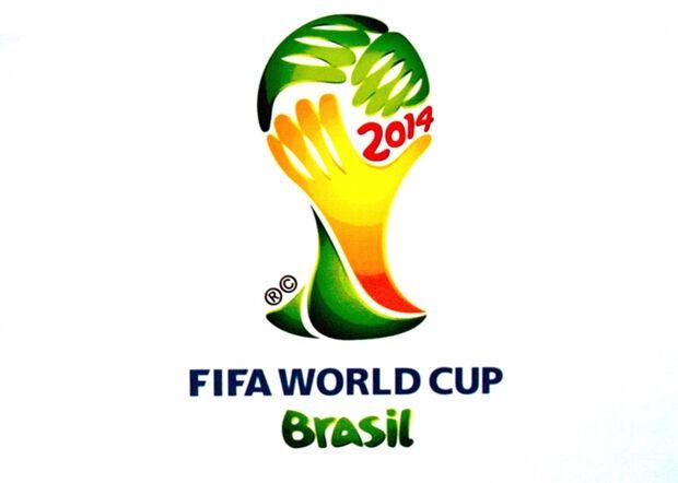 Diretor médico da Fifa afirma que jogos da Copa sofrerão paradas no calor