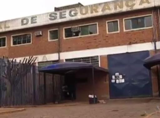 Familiares de detentos temem rebelião na Máxima neste domingo