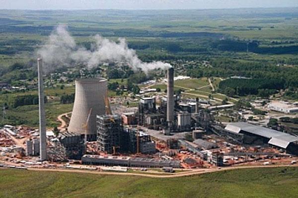 Governo divulga que vai repassar custo extra de termelétricas ao consumidor