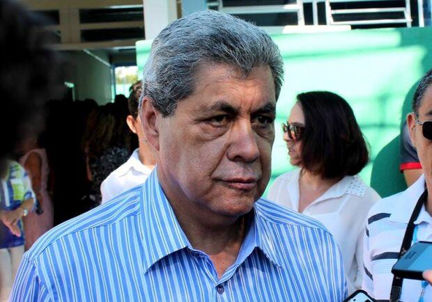 Sancionado aumento do salário de André que tem 4º maior do país