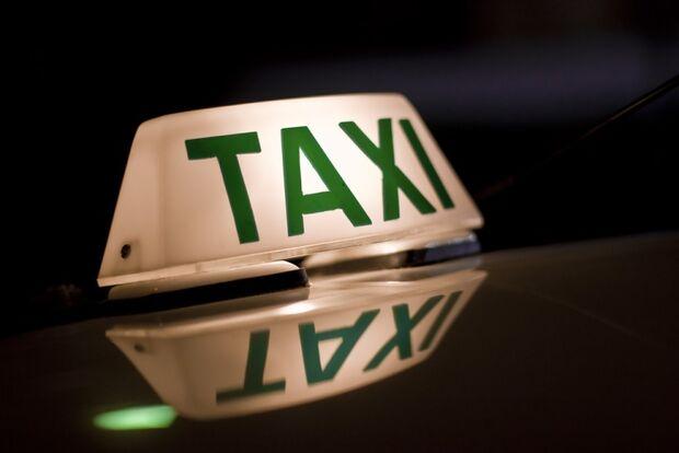Câmara suspende audiência pública sobre regulamentação de táxi e mototáxis
