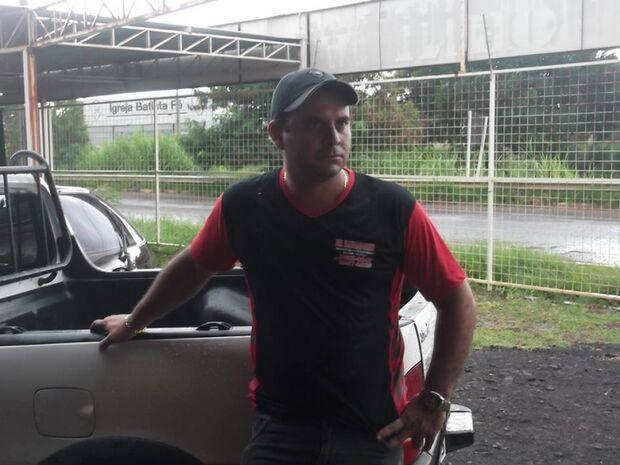 Chuva causa transtorno aos moradores do Marcos Roberto