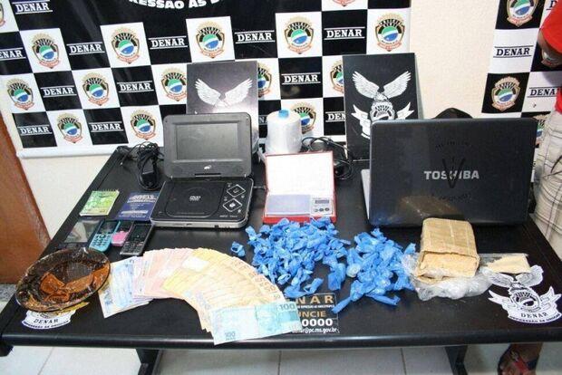 PM prende acusado de ser distribuidor de drogas no Nova Serrana