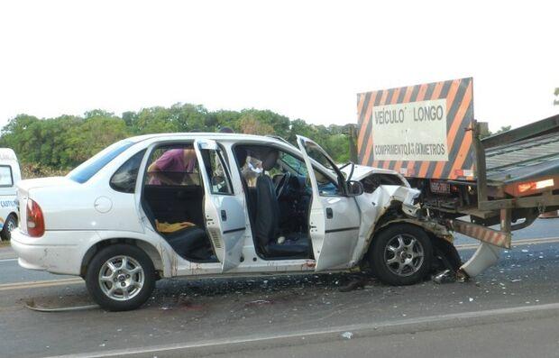 Família sofre grave acidente na Rodovia Marechal Rondon