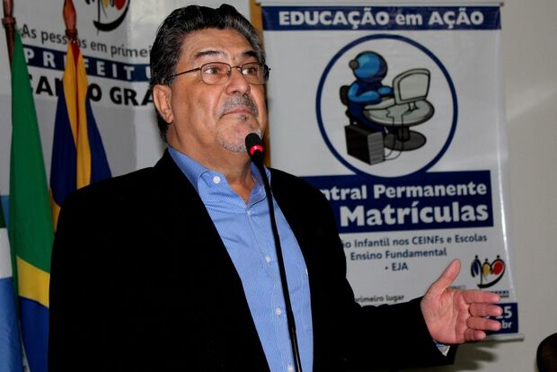 Expulso do PSDB, Chadid expõe sua fidelidade a Bernal