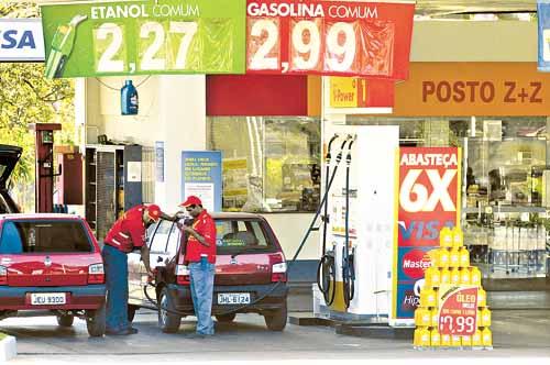 Copom estima aumento na gasolina e gás de cozinha até o final do ano
