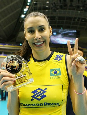 Brasil segura a pressão, bate Japão e conquista o bi da Copa dos Campeões