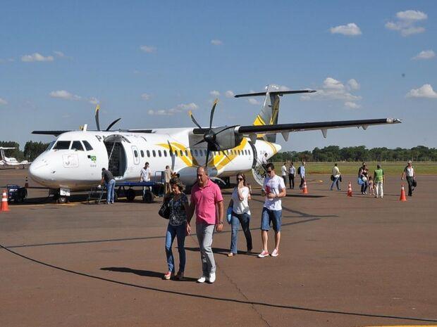Com avião lotado, Passaredo inicia operação em Dourados