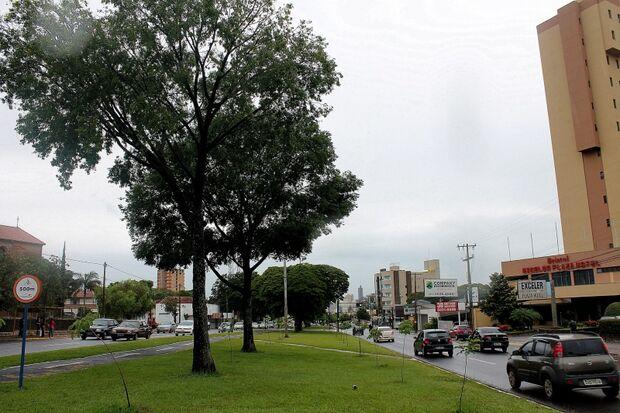 Chuva ajuda a amenizar calor em Campo Grande