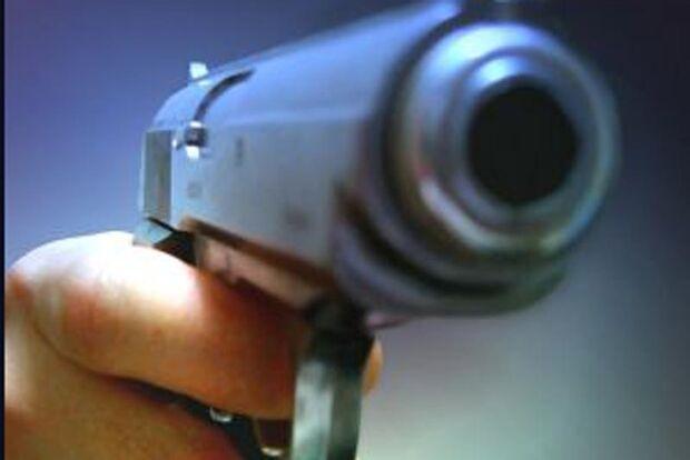 Homem é baleado por policiais após tentativa de fuga, na Capital