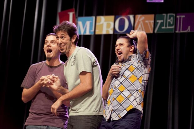 TopMídia News sorteia cortesias para espetáculo de humor: Cia Barbixas
