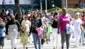 Classe média brasileira representa 54% da população