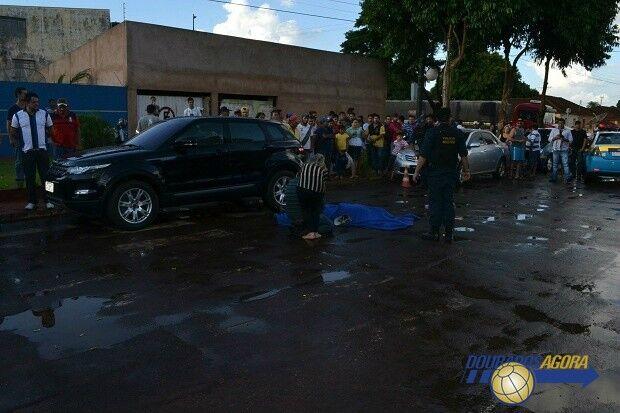Homem é fuzilado em frente de escola em Ponta Porã
