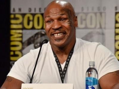 Mike Tyson diz que Conor é maior do que Ronda e chama Jones de 'mau'