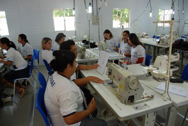 Salas de aula móveis do Senai Educa chegam à região das Moreninhas