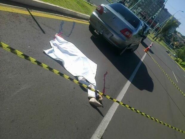 Mulher morre ao atravessar fora da faixa próximo a Shopping