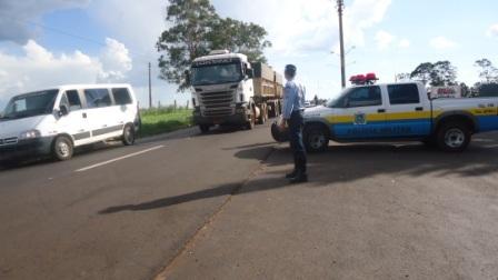 Polícia Rodoviária  autua 75 motoristas durante operação de feriado