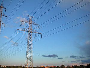 Aneel adia reajuste nas contas de energia para 2015