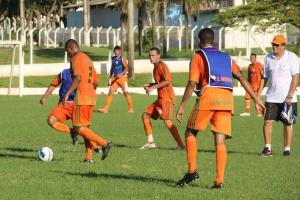Naviraiense estreia no grupo B com vitória de 3 a 1 sobre o Ivinhema