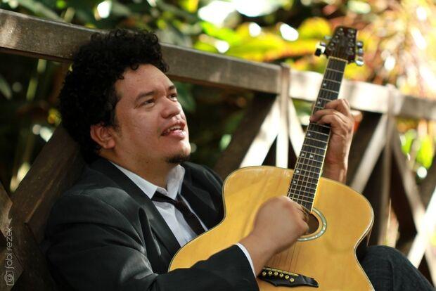 De Campo Grande, músico ganha reconhecimento no Brasil sem apelar para o sertanejo universitário