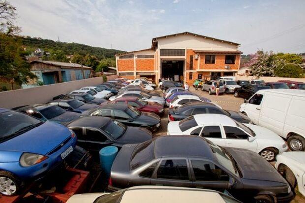 Ministério realiza leilão online de 50 bens apreendidos de traficantes