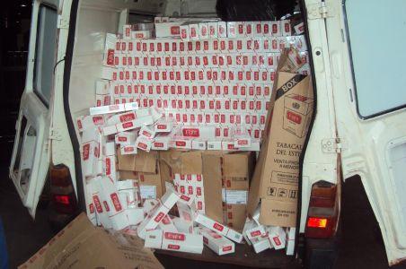 DOF apreende carga de cigarros avaliados em aproximadamente R$62 mil