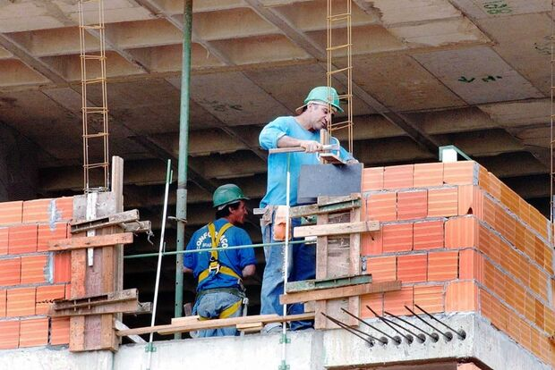 Construção deve cair pelo segundo ano consecutivo, afirma FGV