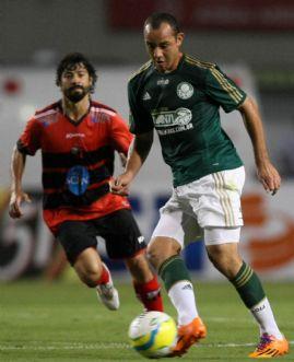 Kardec salva estreia de Bruno César e Palmeiras vence o Ituano