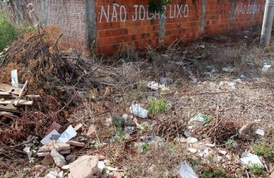 'Quatro vírus da dengue circulam em Campo Grande', afirma secretário