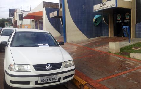 Homem tem carro furtado na Capital