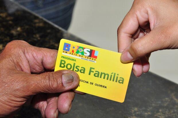 Bolsa Família completa dez anos beneficiando 50 milhões de pessoas
