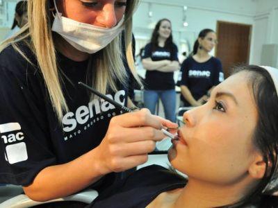 Senac Campo Grande oferece cursos de beleza e moda gratuitos