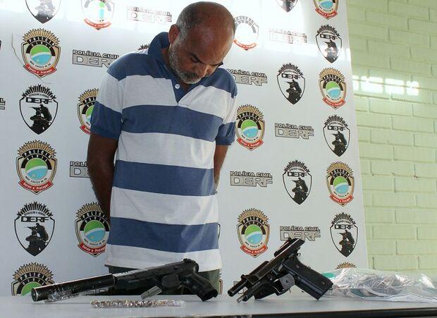 Polícia apresenta autor de chacina do Santa Luzia