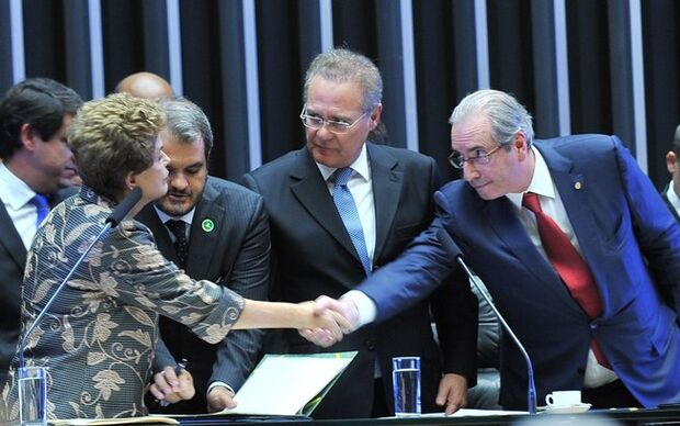 "Cunha diz que processo de impeachment é legítimo e que Dilma é ""mentirosa"""