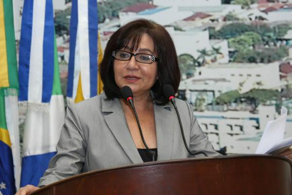 Délia Razuk defende administração baseada no diálogo em Dourados