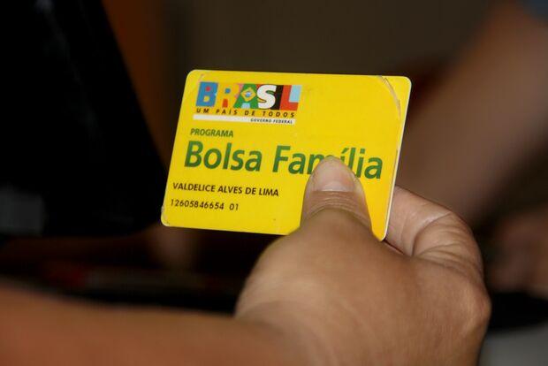 Prazo para informar gastos com Bolsa Família termina amanhã