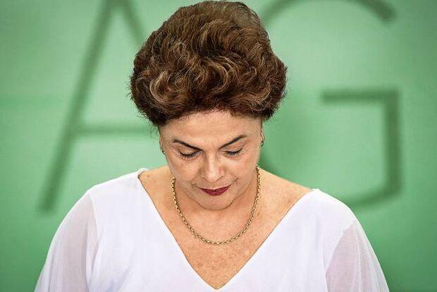 Por 61 votos a 20, Dilma é cassada pelo Senado
