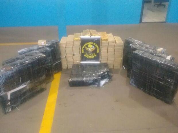 DOF prende cinco com carga de maconha em Amambai