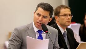 Relator teme que precedente aberto na votação no Senado seja invocado por Cunha