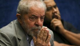No Facebook, Lula volta a negar que seja dono de triplex alvo da Lava Jato