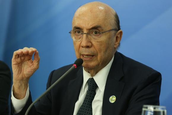 Ministro da Fazenda descarta aumento de impostos para 2016