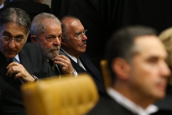 Impeachment alerta que processo democrático precisa ser aperfeiçoado, diz Lula