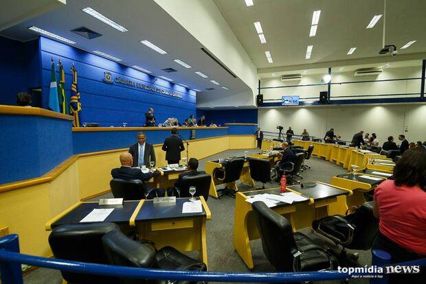 Em sessão fria, vereadores mantêm veto a projeto que proibia multas de madrugada