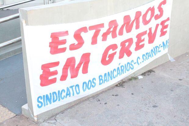 Em Campo Grande, bancários iniciam greve por reajuste salarial amanhã