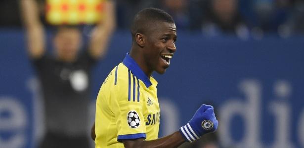 Sem ceder à pressão, Ramires quer defender 2 clubes quando voltar ao Brasil