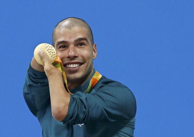 Brasil passa Londres 2012 em número de medalhas e fica perto de recorde