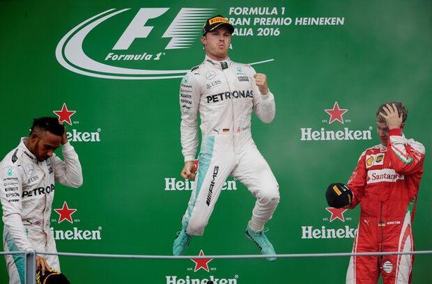 Rosberg engole Hamilton na largada, fatura o GP da Itália e cola no Mundial