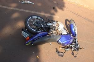 Homem tem pé amputado em acidente de moto